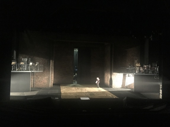 barbican-coulisses-travail-lumiere-plateau-king-lear