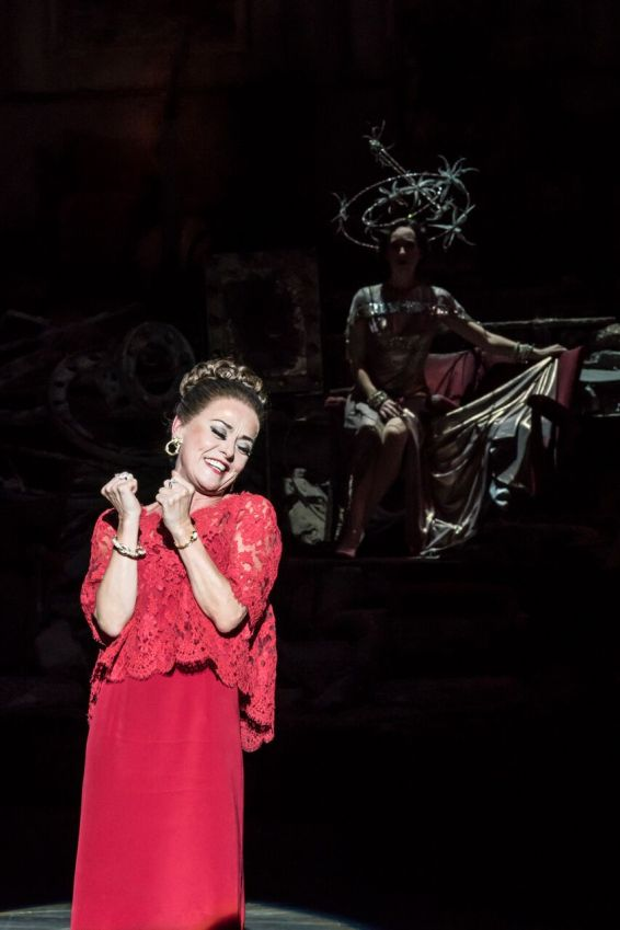 Tracie Bennett as Carlotta Campion in FOLLIES at the National Theatre (c) Johan Persson