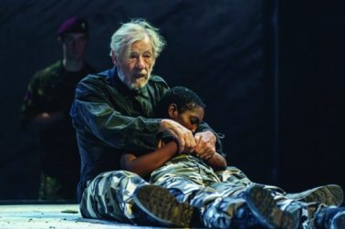 14.-Ian-McKellen-Lear-Tamara-Lawrance-Cordelia-in-Chichester-Festival-Theatres-KING-LEAR-Photo-Manuel-Harlan_DR2-269-536x357