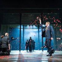 Coriolanus, Shakespeare, mise en scène d'Angus Jackson, Royal Shakespeare Company, Barbican. Vertige politique.